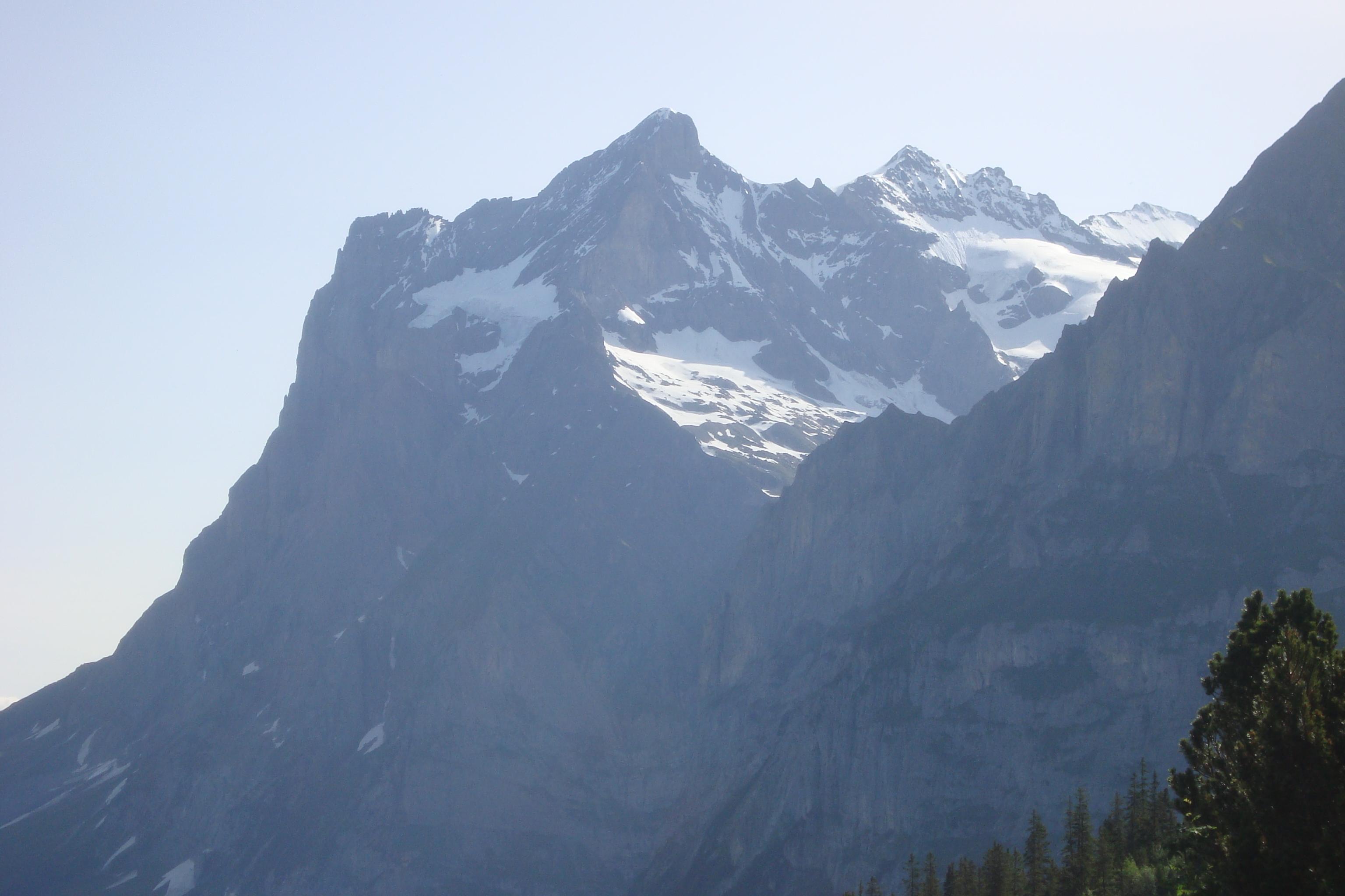 Klettersteig Eiger : Eiger ostegghütte faszination hochtouren